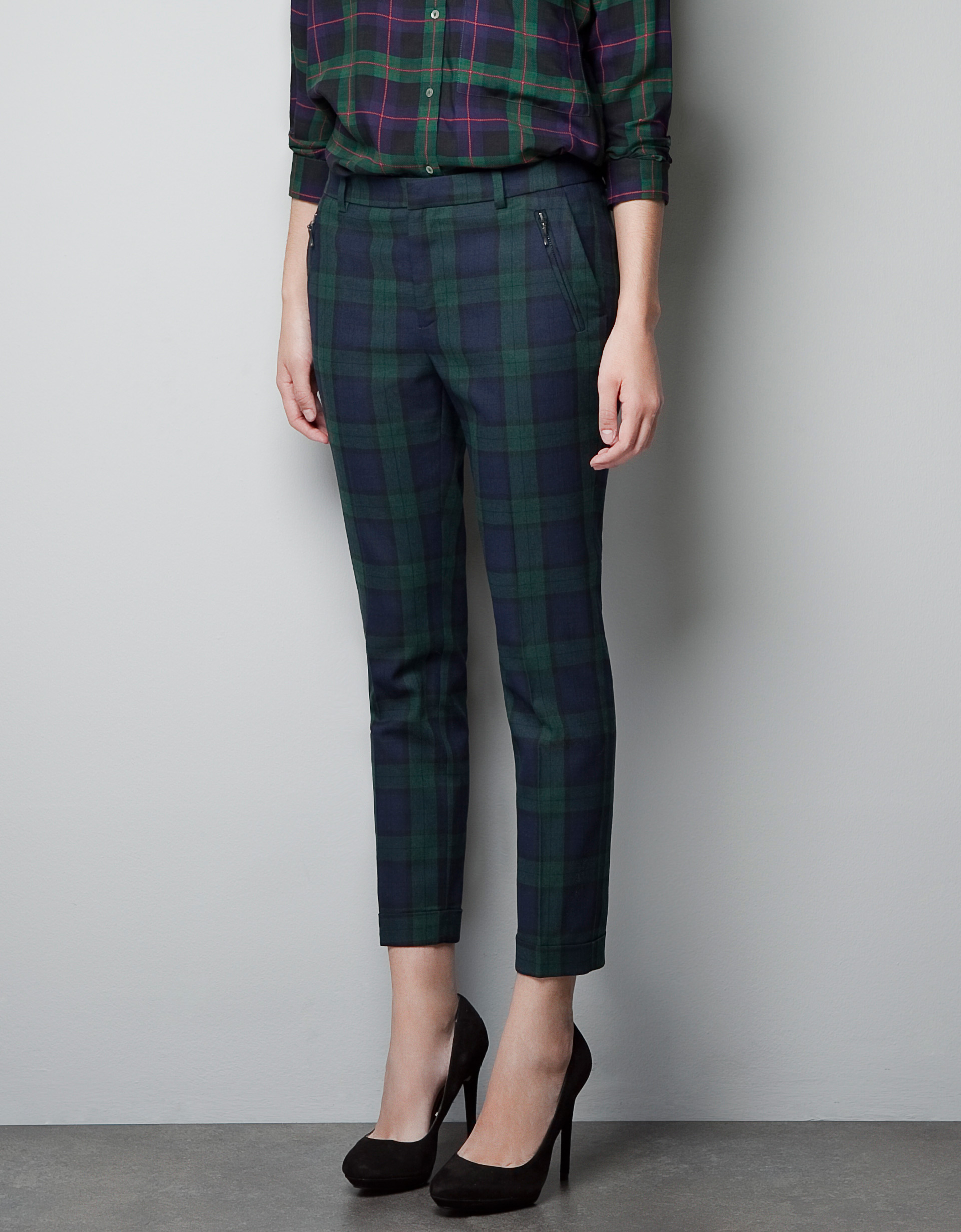 Zara Tartan Cropped Trousers in Green | Lyst