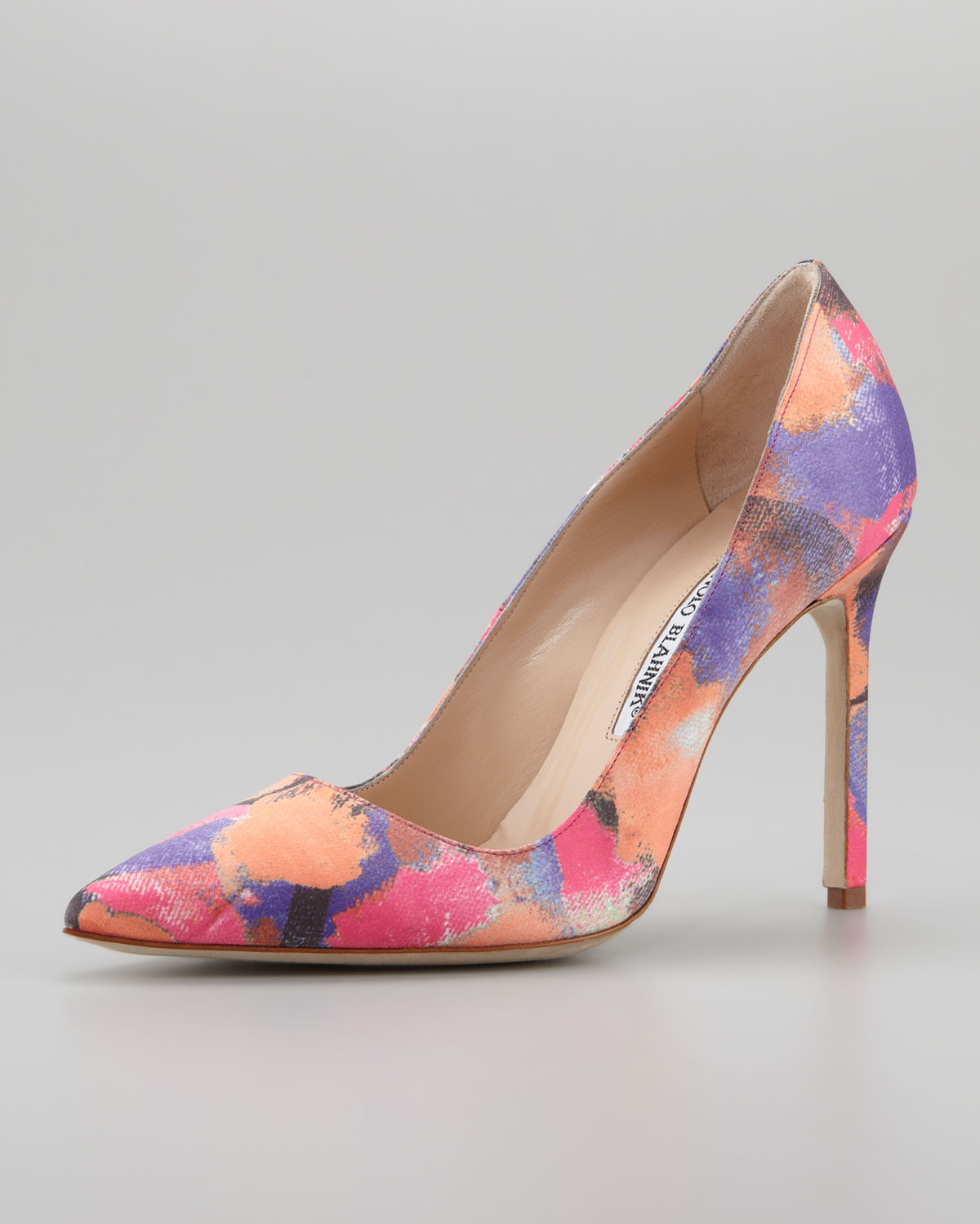 Lyst manolo blahnik bb fabric watercolor pump for Who is manolo blahnik
