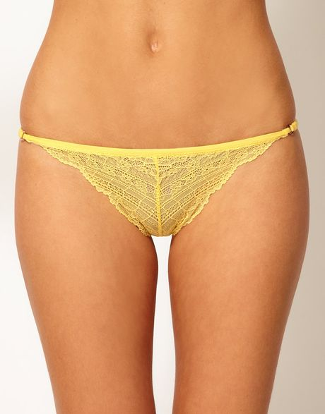 Dare to bare in thongs, g-strings and v-string panties in pretty lace and comfy cotton.