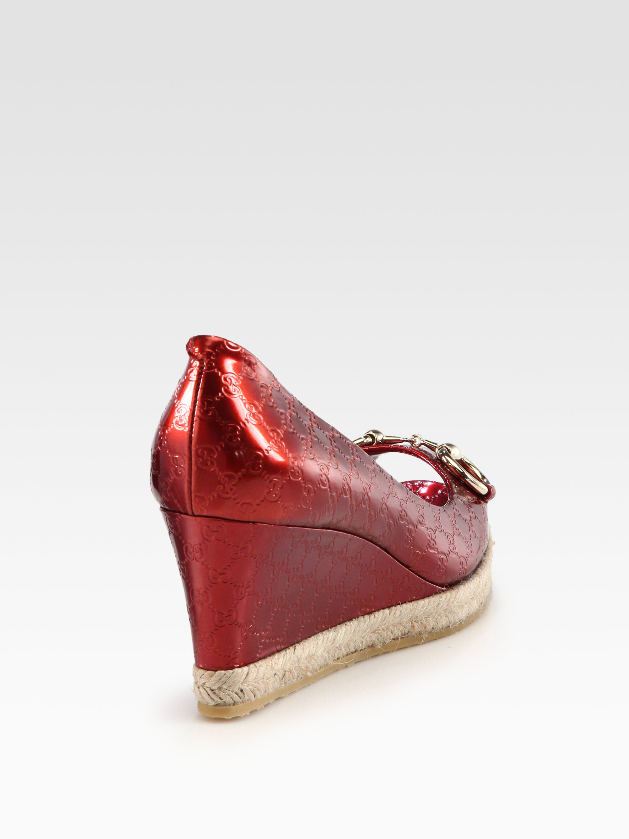 Gucci Charlotte Metallic Leather Espadrille Wedges In Red