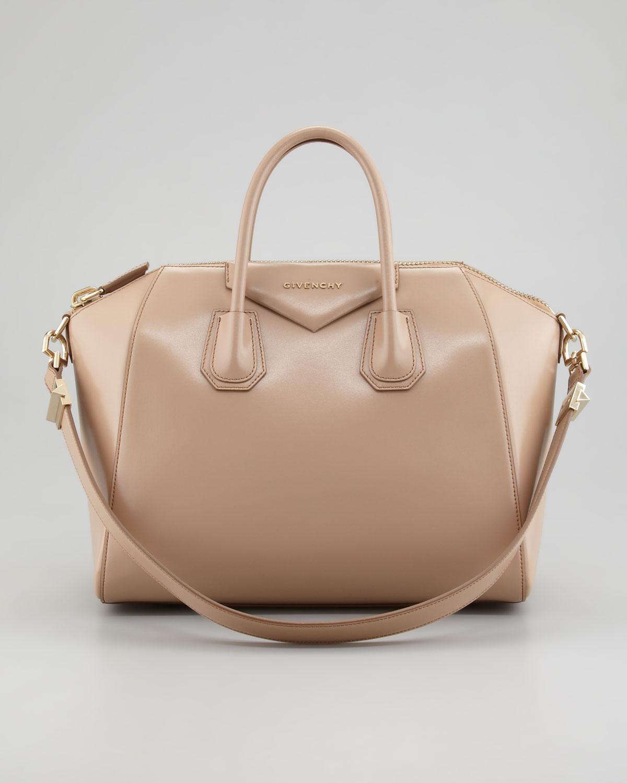488ac305de Givenchy Antigona Medium Satchel Bag L in Natural - Lyst