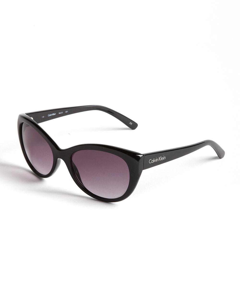 Calvin klein Cat-eye Sunglasses in Black | Lyst