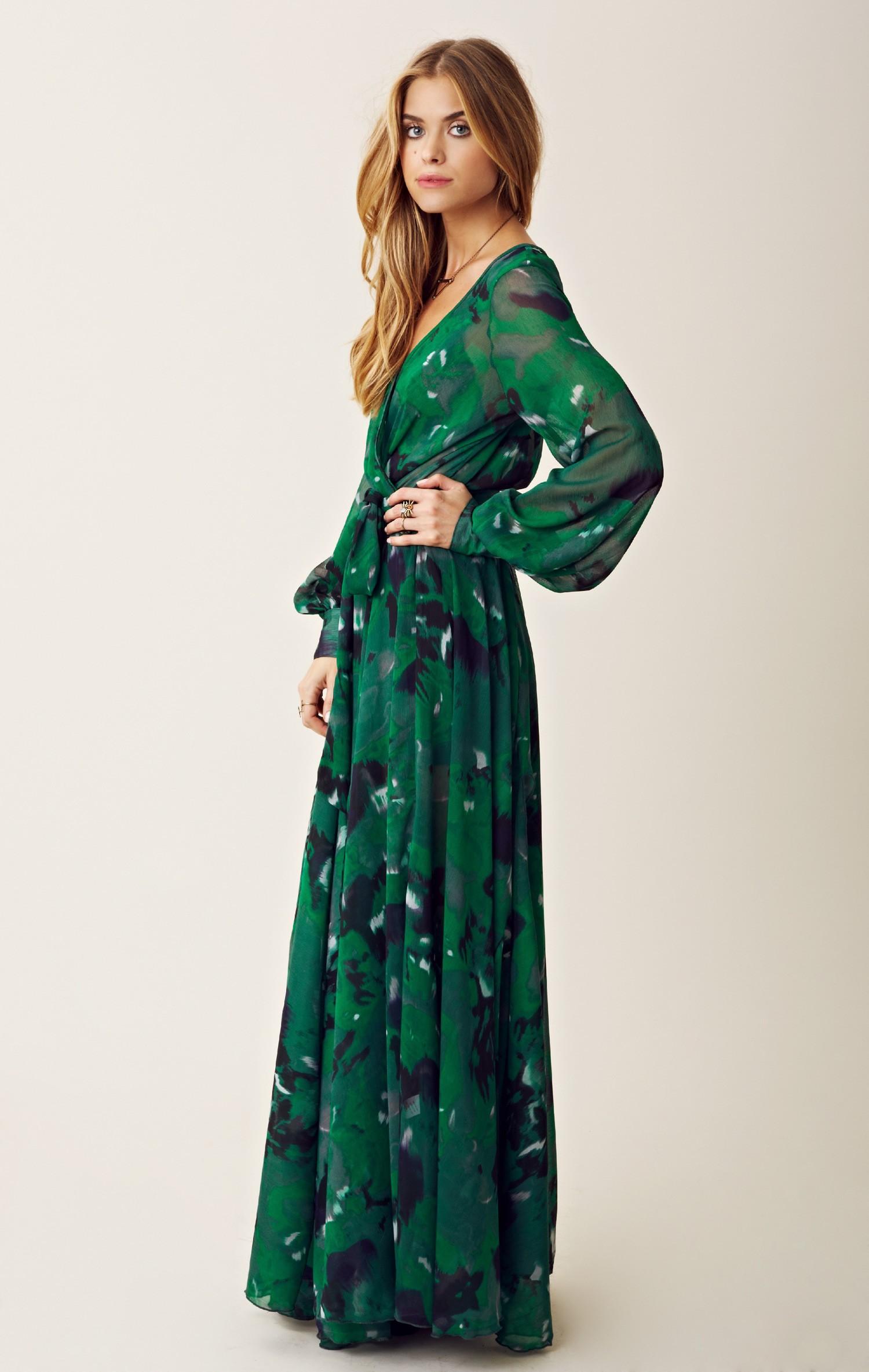 Blu moon Crepe Wrap Maxi Dress in Green | Lyst