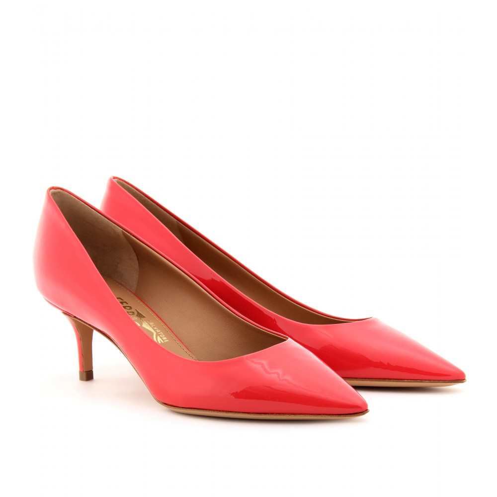 478f6890ddc Lyst - Ferragamo Susi Patent Leather Kitten Heel Pumps in Red