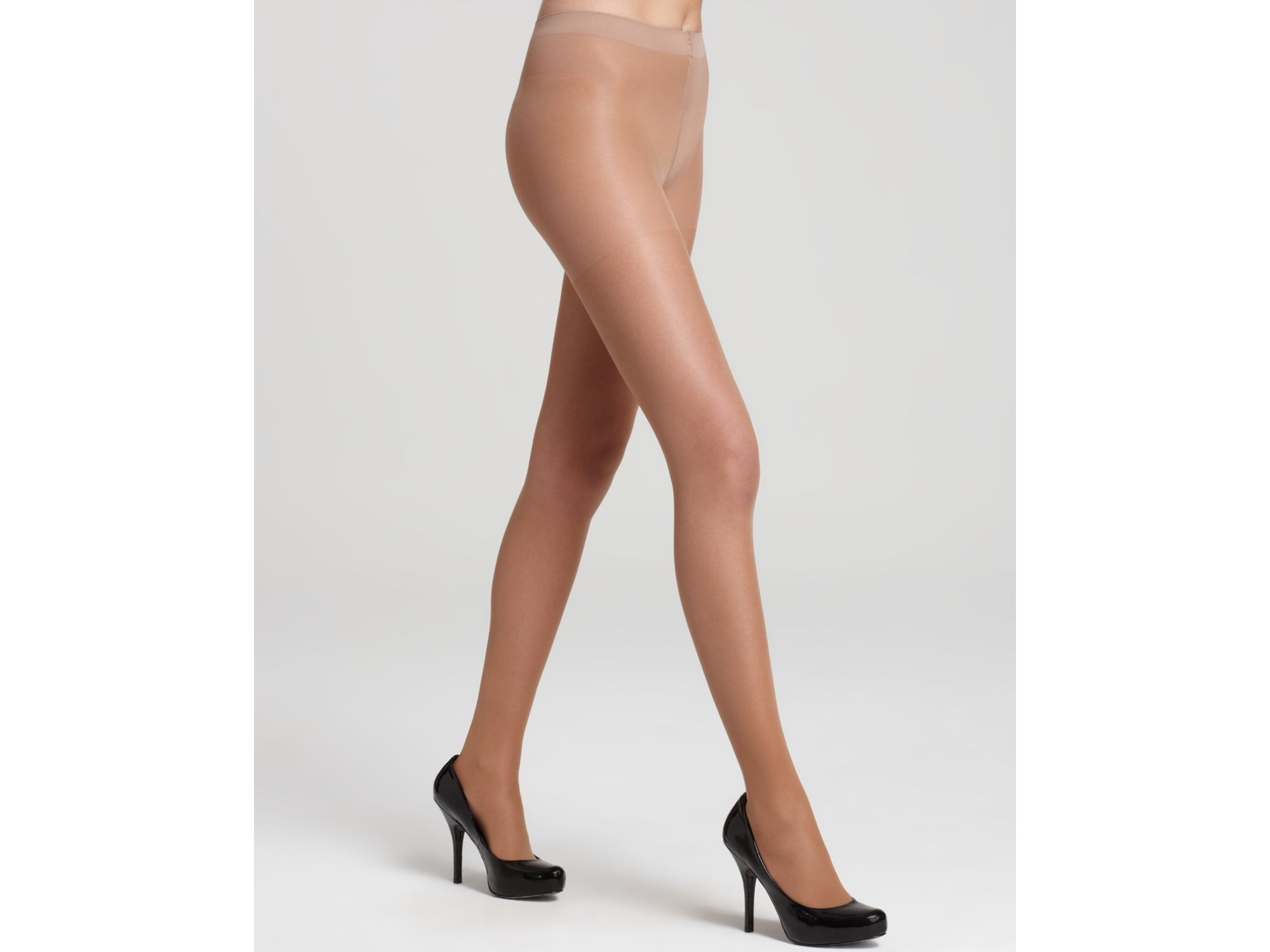 6602c72233a18a Falke Shaping Support 20 Tights in Natural - Lyst