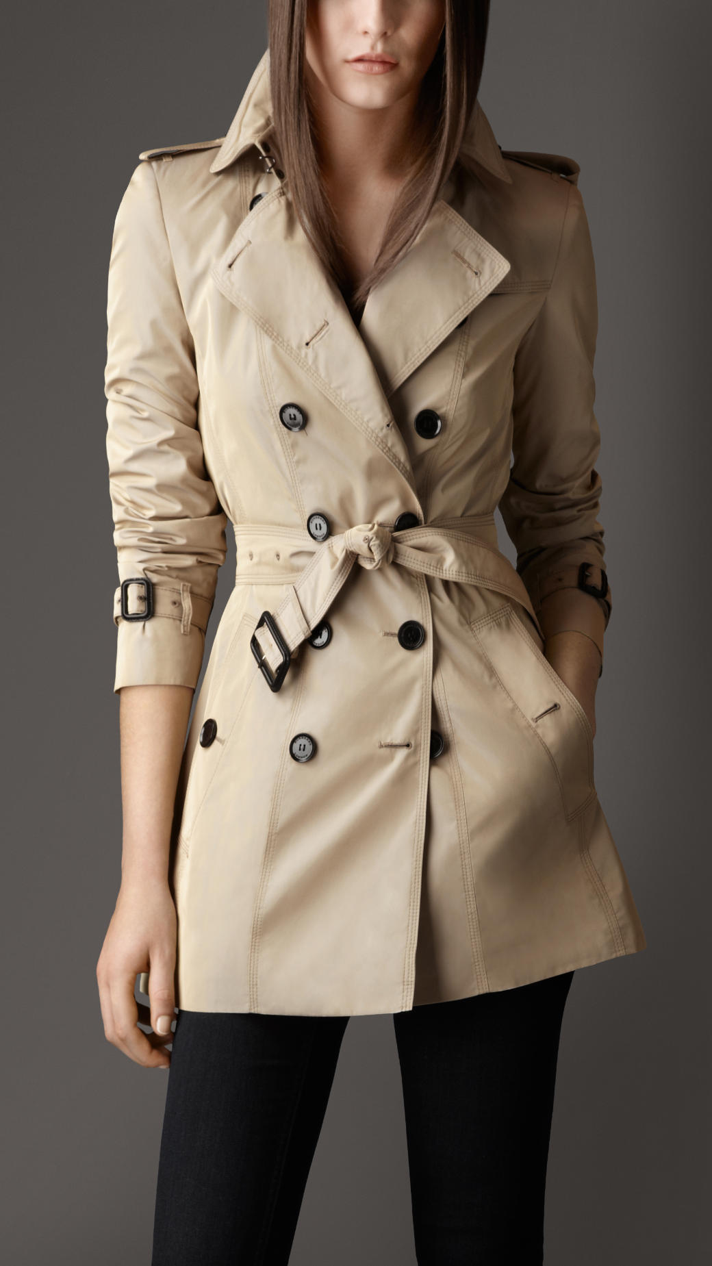 Burberry Short Bow Belt Trench Coat In Natural