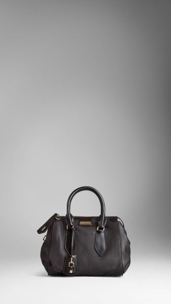 b544e7e5029f6 Burberry Small London Leather Tote Bag in Gray (dark chocolate)