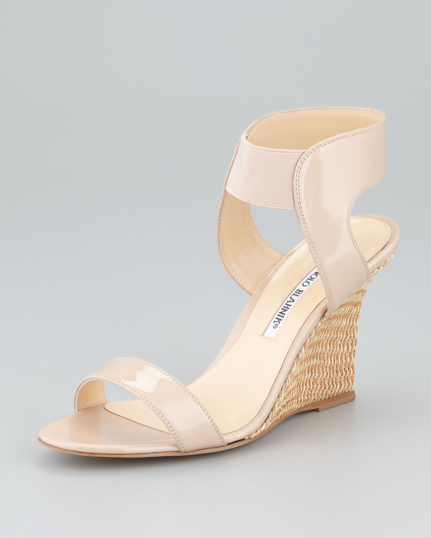 8cefe7c1a950c Manolo Blahnik Pepewe Patent Elastic Wedge Sandal in Natural - Lyst