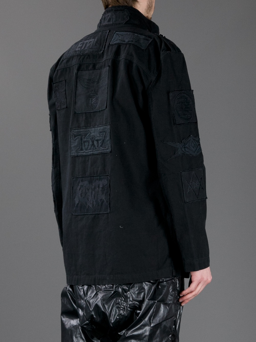 KTZ Solid Embroidered Patch Jacket in Black for Men