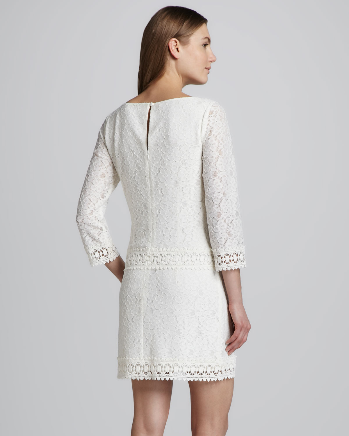 2146244409a2 Laundry by Shelli Segal Jewelneck Lace Dress in Natural - Lyst