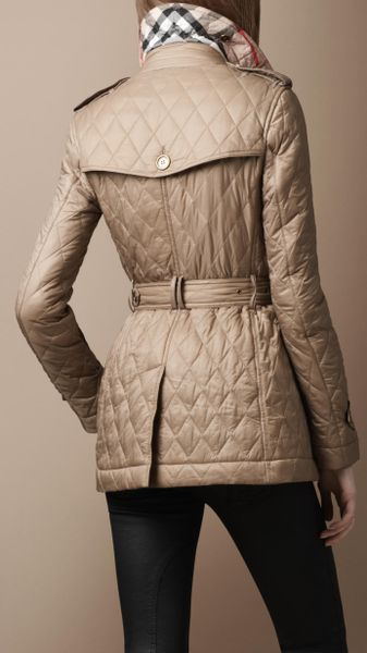 Burberry Brit Short Diamond Quilted Trench Coat In Beige