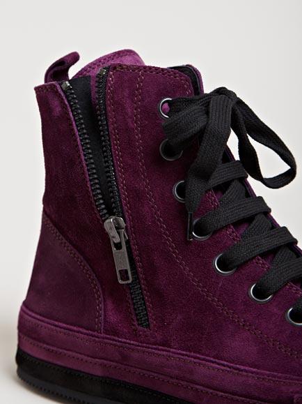 Ann Demeulemeester Nubuck Hitop Sneakers in Purple