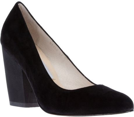 B Store Tilly Pumps in Black
