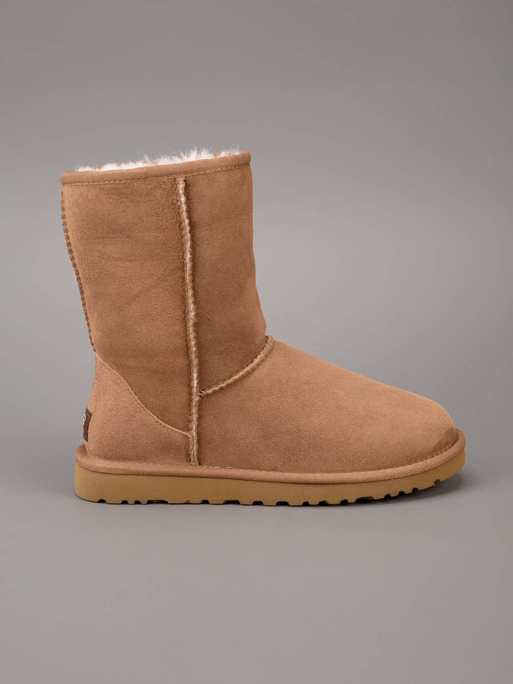 UGG Classic Short Boots in Brown