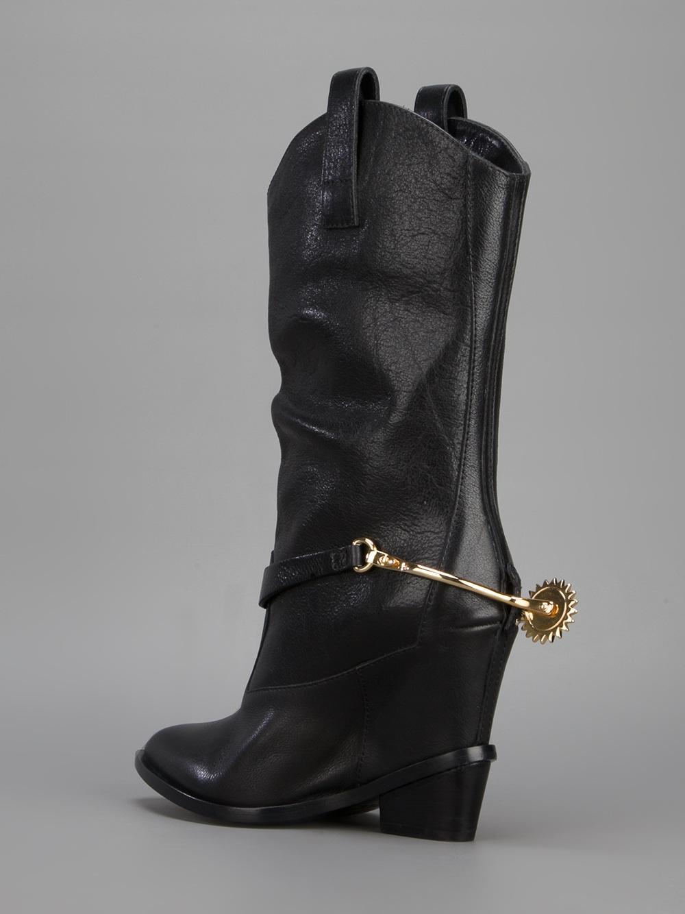 Giuseppe Zanotti Heel Spur Cowboy Boot in Black