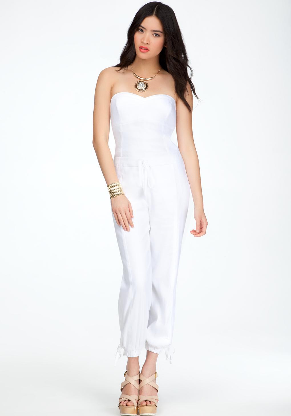 051d53e11 Bebe Sweetheart Neckline Jumpsuit in White - Lyst