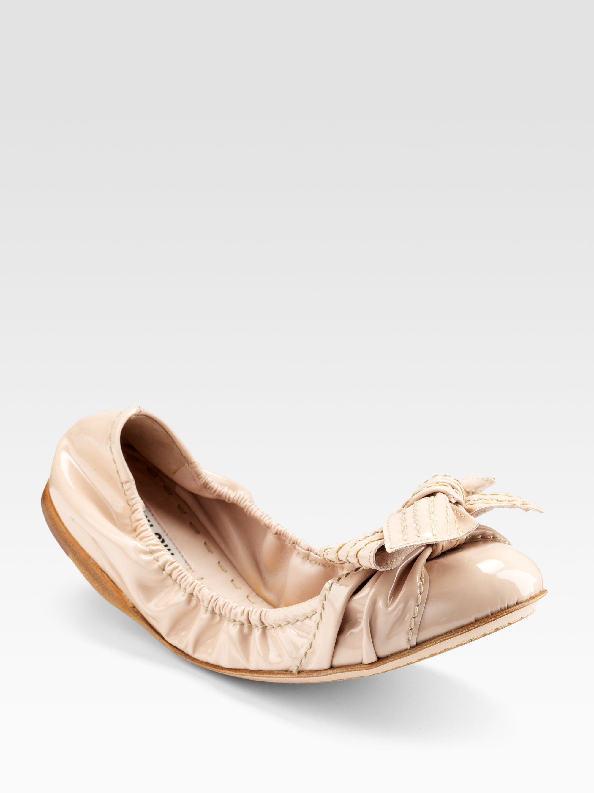 ef3b94ccb5b Lyst - Miu Miu Scrunch Patent Leather Ballet Flats in Natural