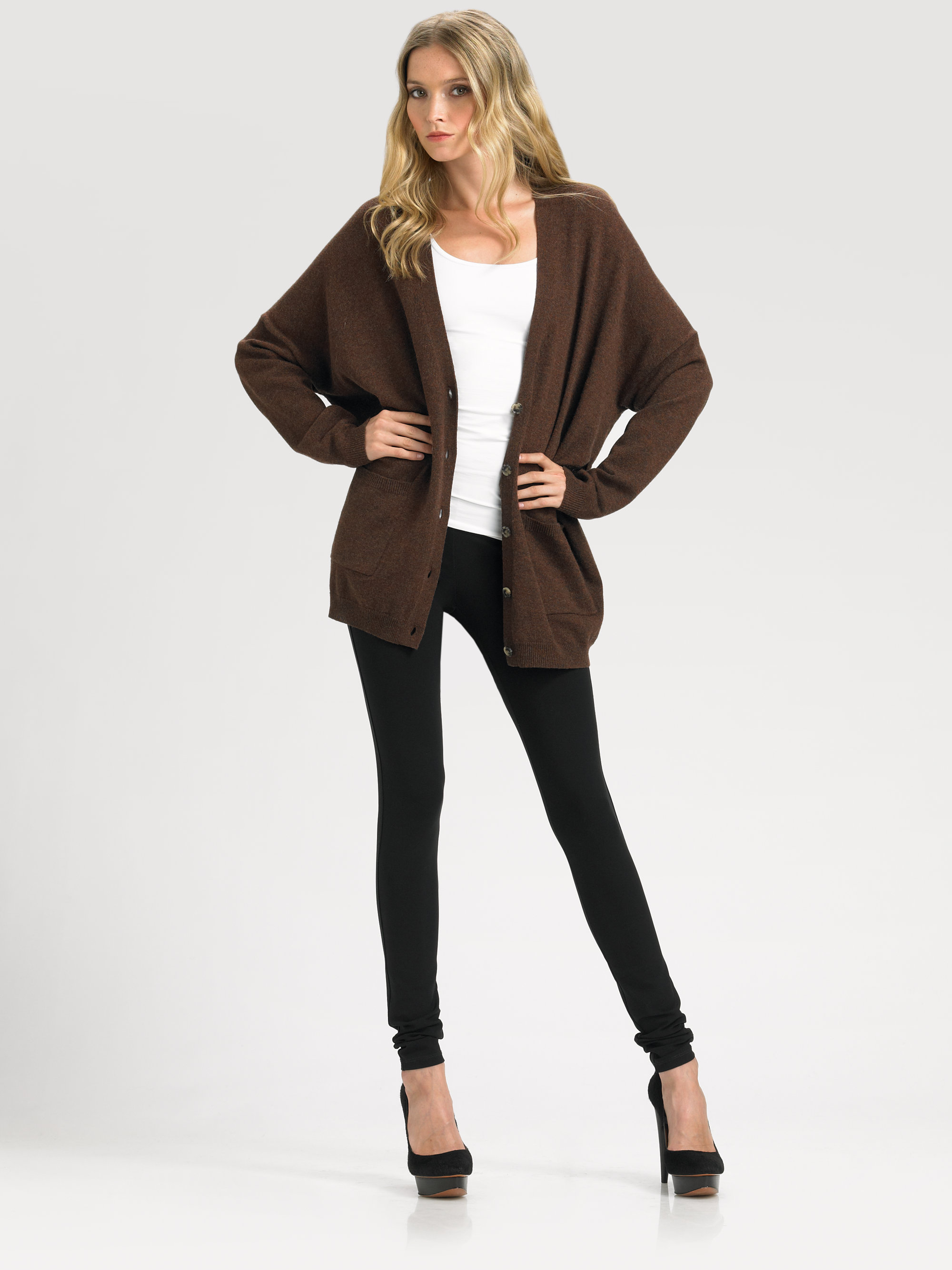 Theory Darli Cashmere Cardigan in Brown | Lyst