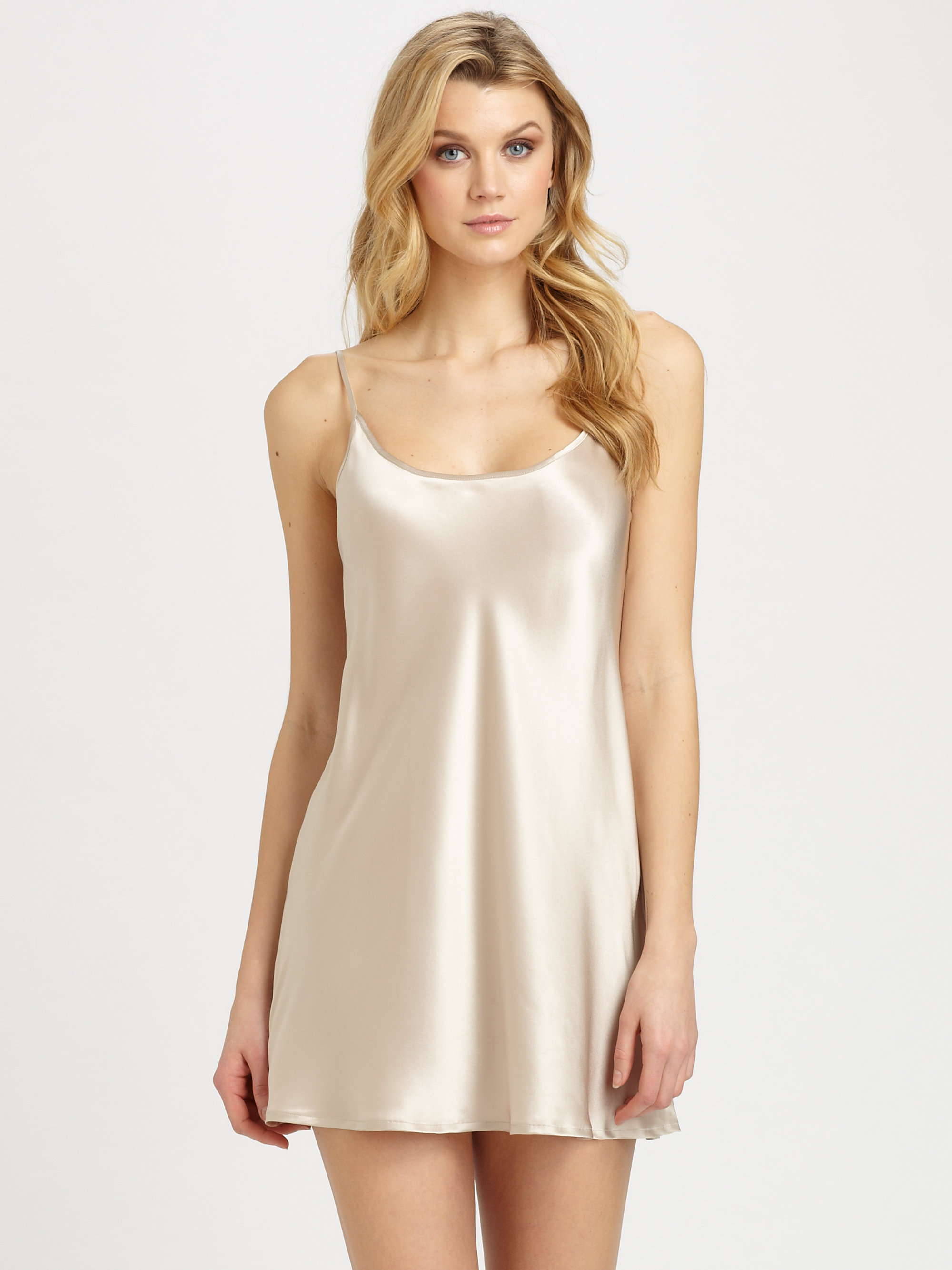 La Perla Silk Charmeuse Chemise in Nude (Natural) - Lyst
