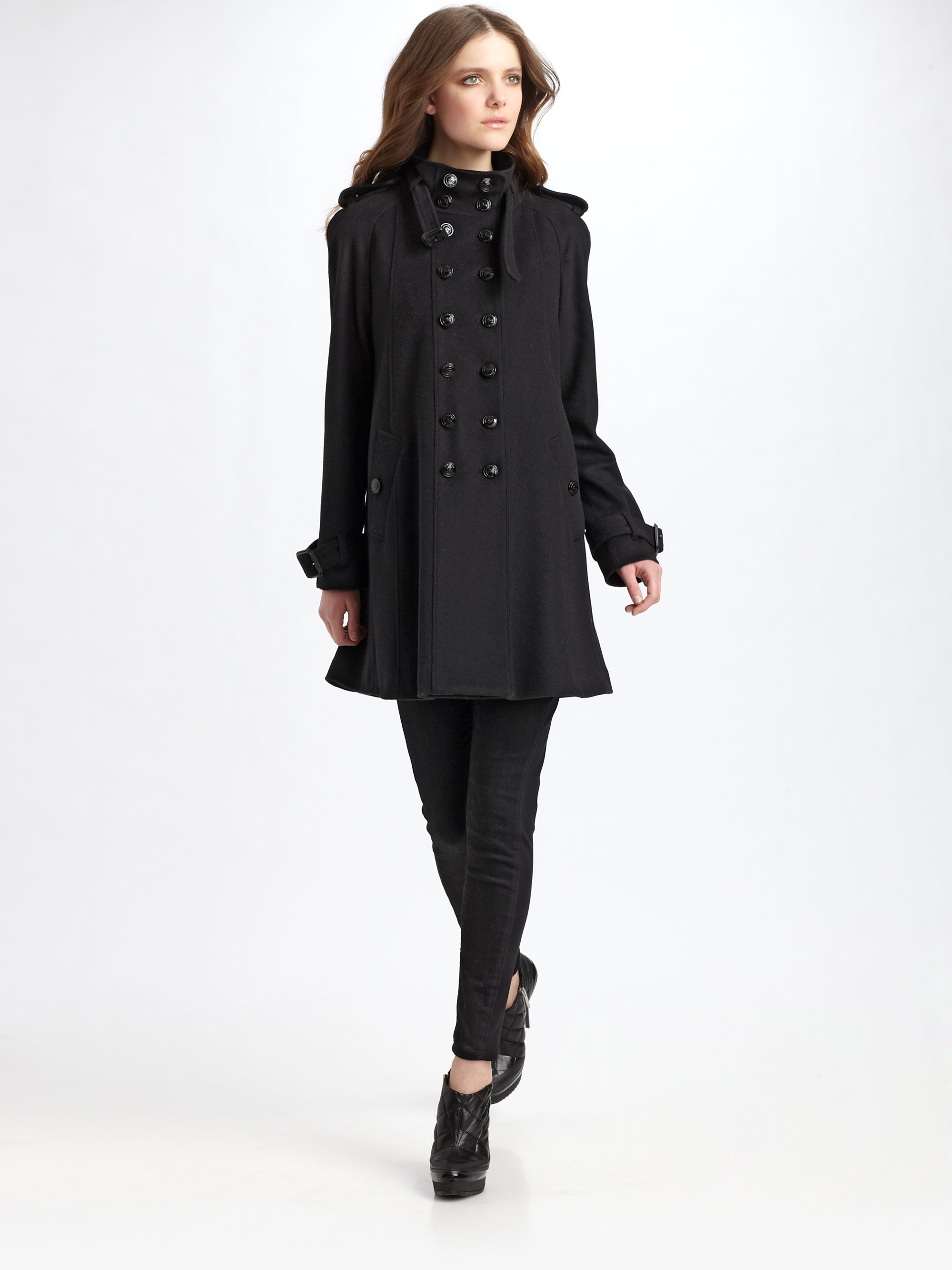 Burberry Wool-cashmere Swing Coat in Black | Lyst
