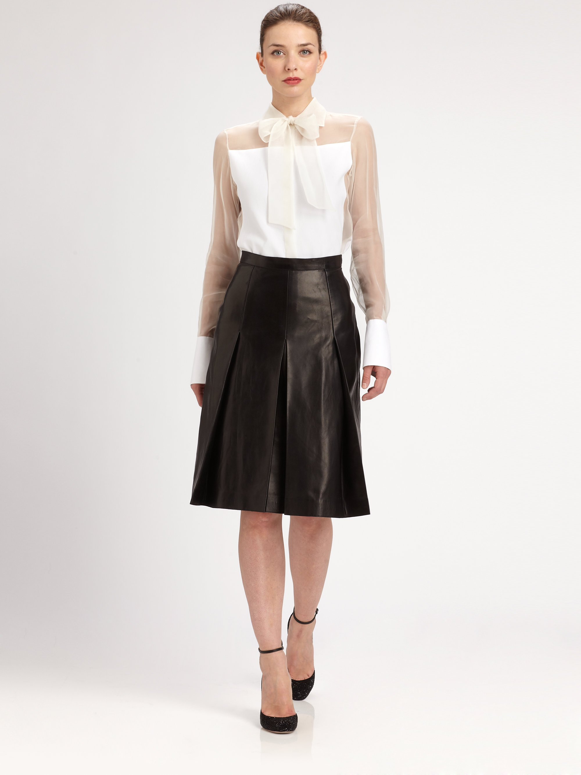 Valentino Pleated Leather Skirt in Black | Lyst