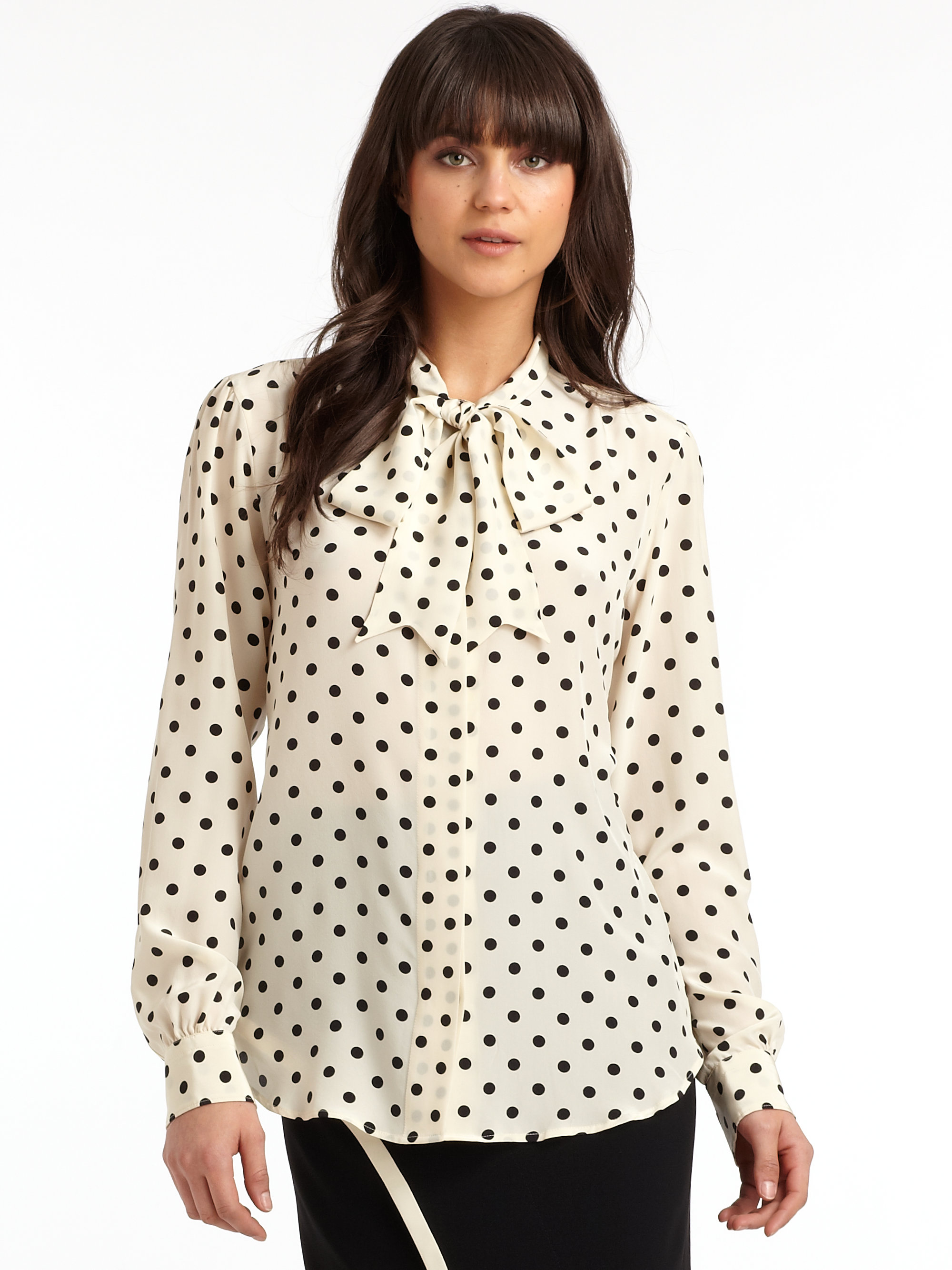 Women's Polka Dot Tops and Blouses Polka dots are timeless, and this circular pattern has been embellishing tops for decades. Available in a range of colors, brands, and styles, polka dot tops instantly add pizzazz to any woman's look.