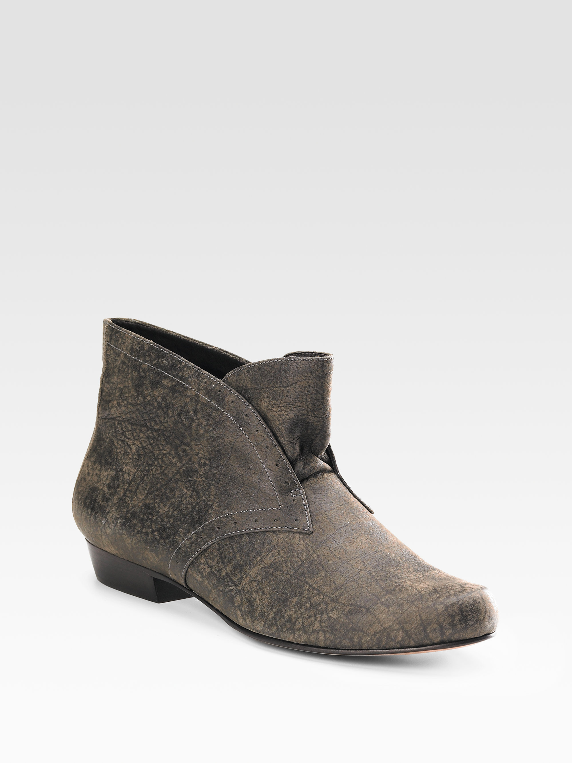 Elizabeth and james Distressed Leather Ankle Boots in Gray | Lyst