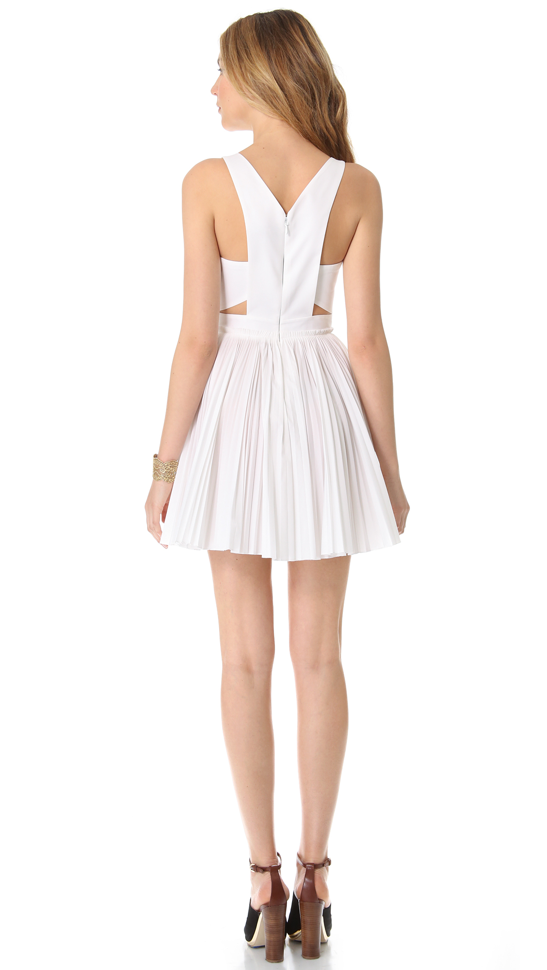 how to cut pleated dress