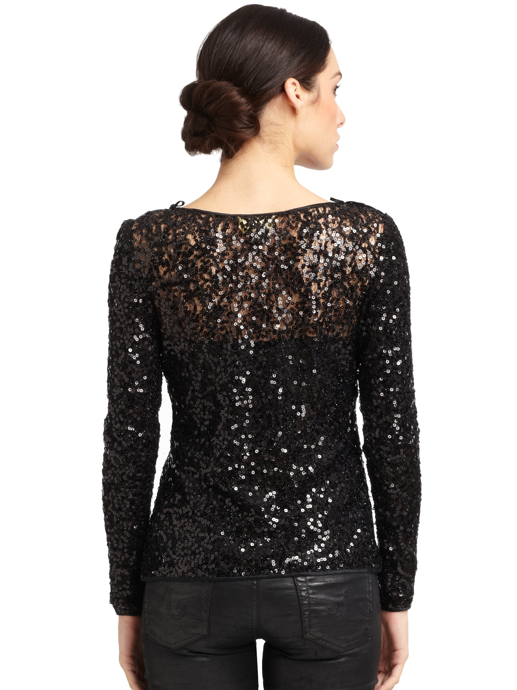 All Fashion Nova models are wearing size small in tops and dresses, and size 1, 3, or 5 in jeans depending on their body type. Most Fashion Nova jeans & dresses have great stretch, please refer to product description for fabric details.