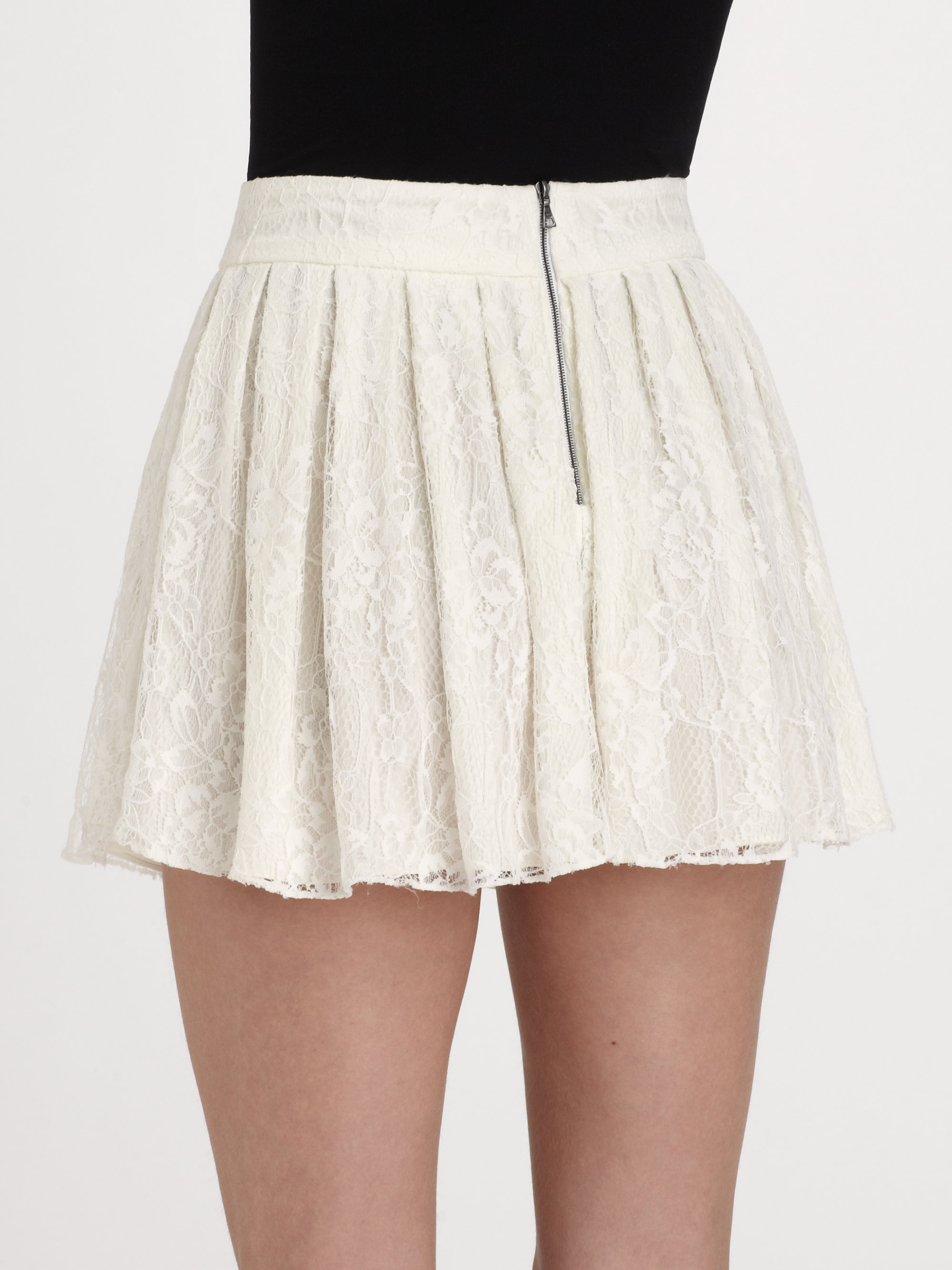 27495e37868d Alice + Olivia Rei Lace Mini Skirt in White - Lyst