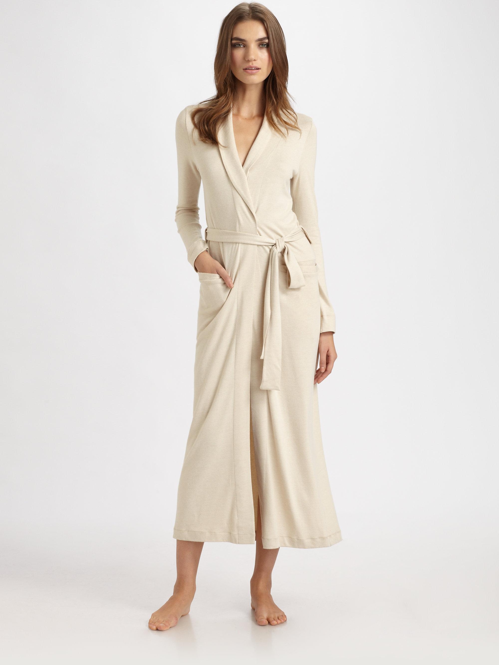 cc1f1255e6 Lyst hanro lovely lounge long wrap robe in black jpg 2000x2667 Habro robes