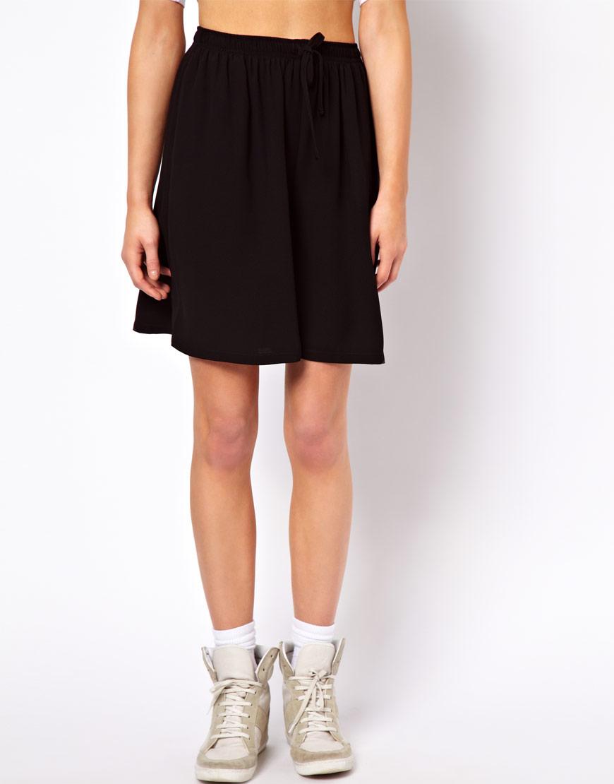 Lyst Asos Soft Short Culottes In Black