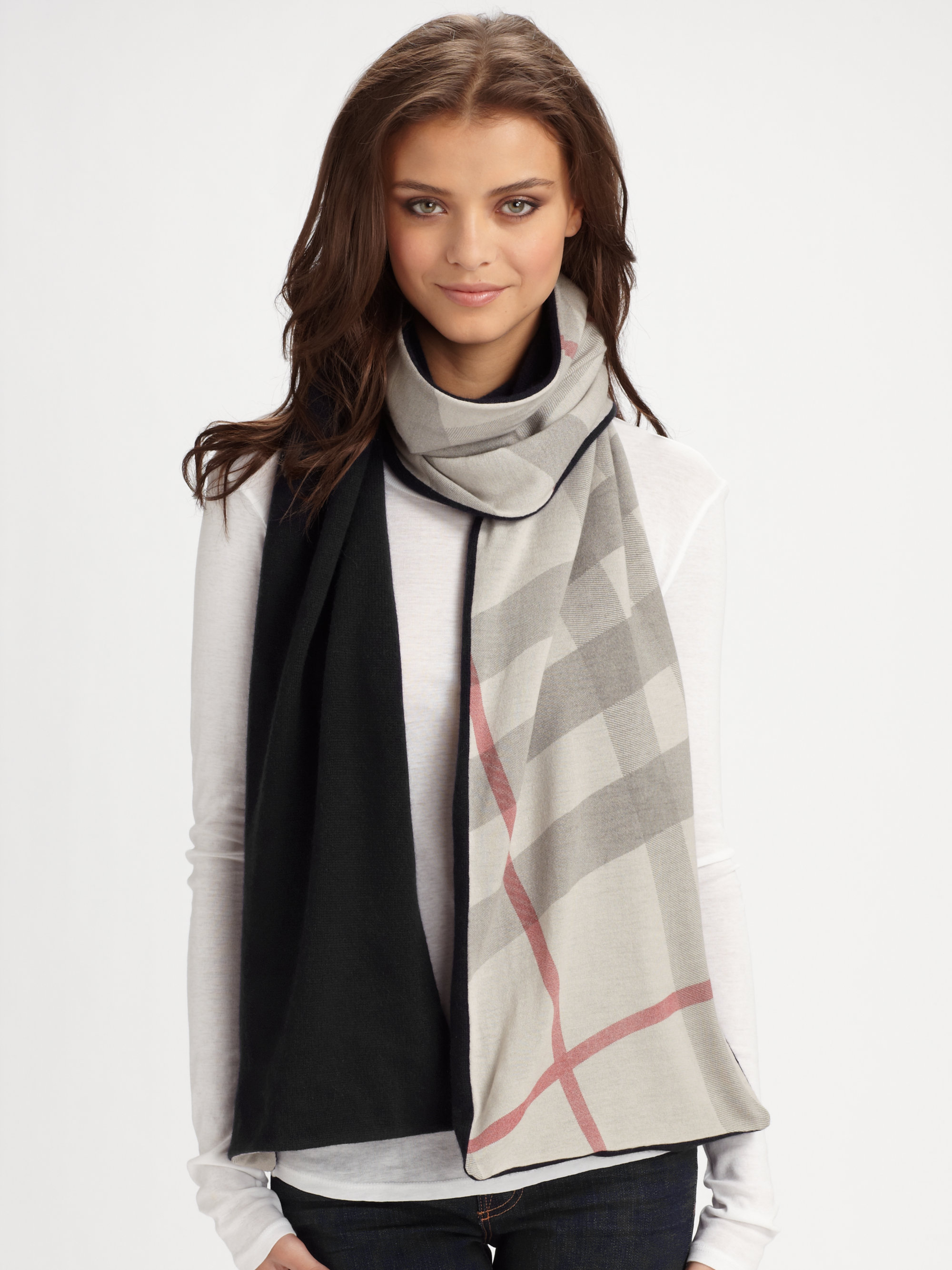 Burberry Gray Cashmere Reversible Knit Scarf