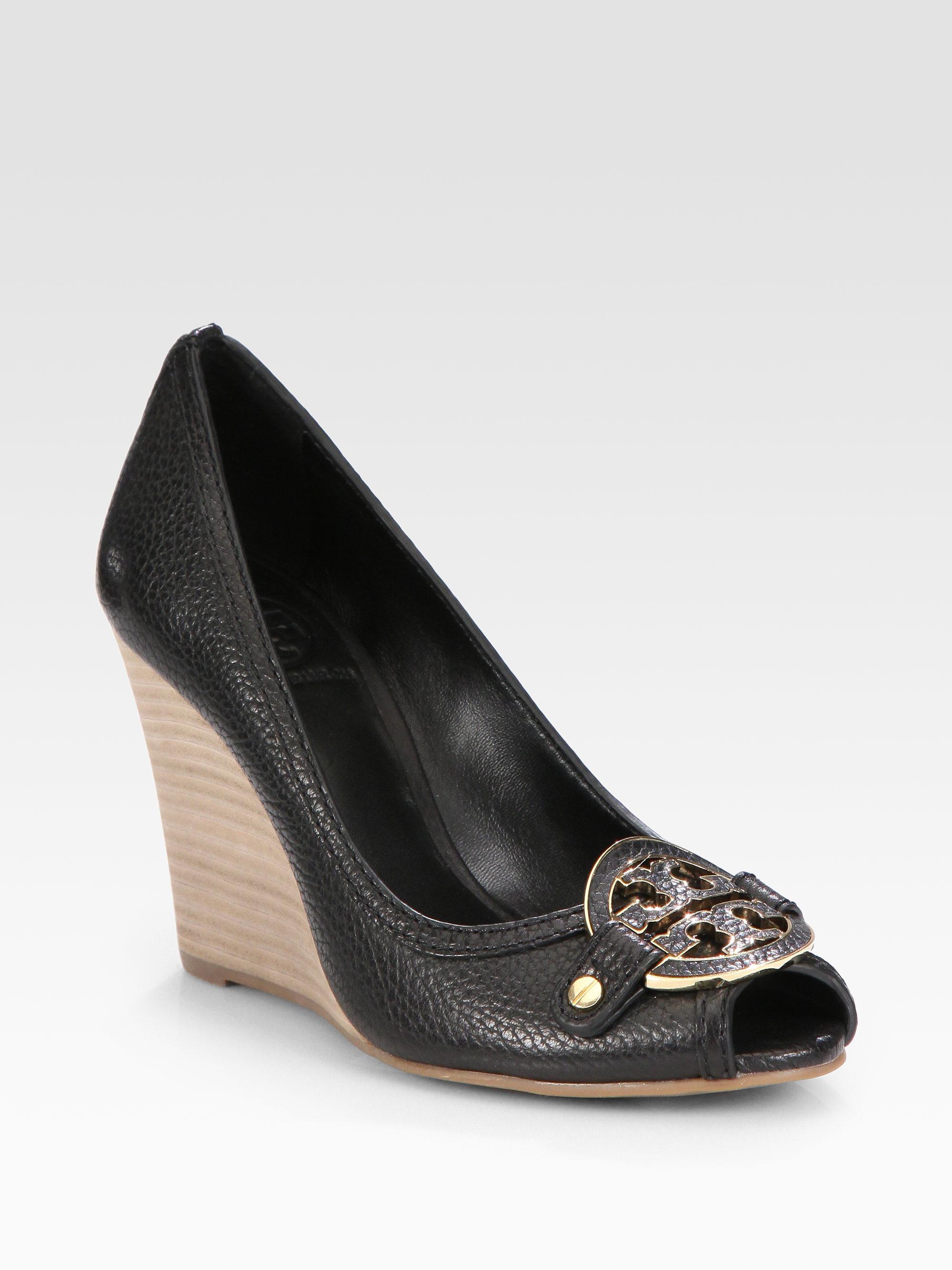 51d3533d385 Tory Burch Black Amanda Leather Logo Peep Toe Wedge Pumps
