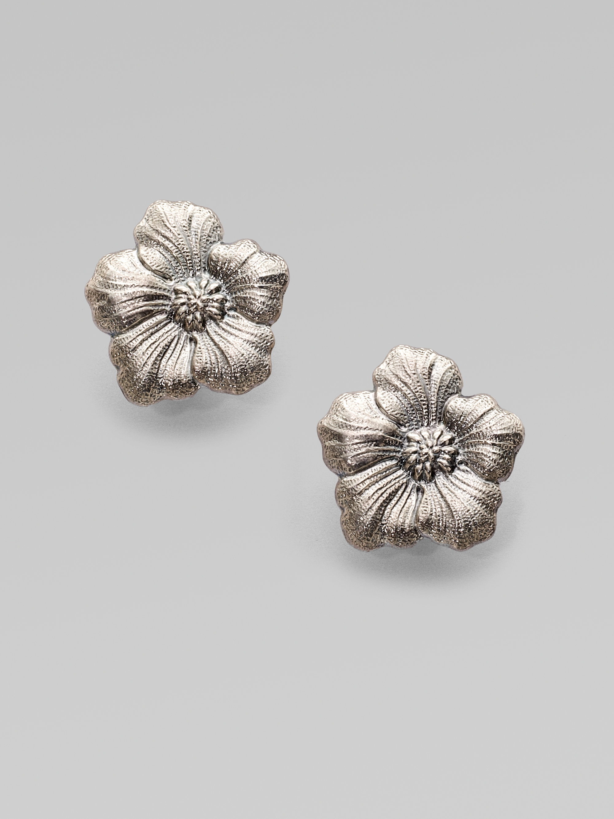Buccellati Blossom Sterling Silver Stud Earrings In