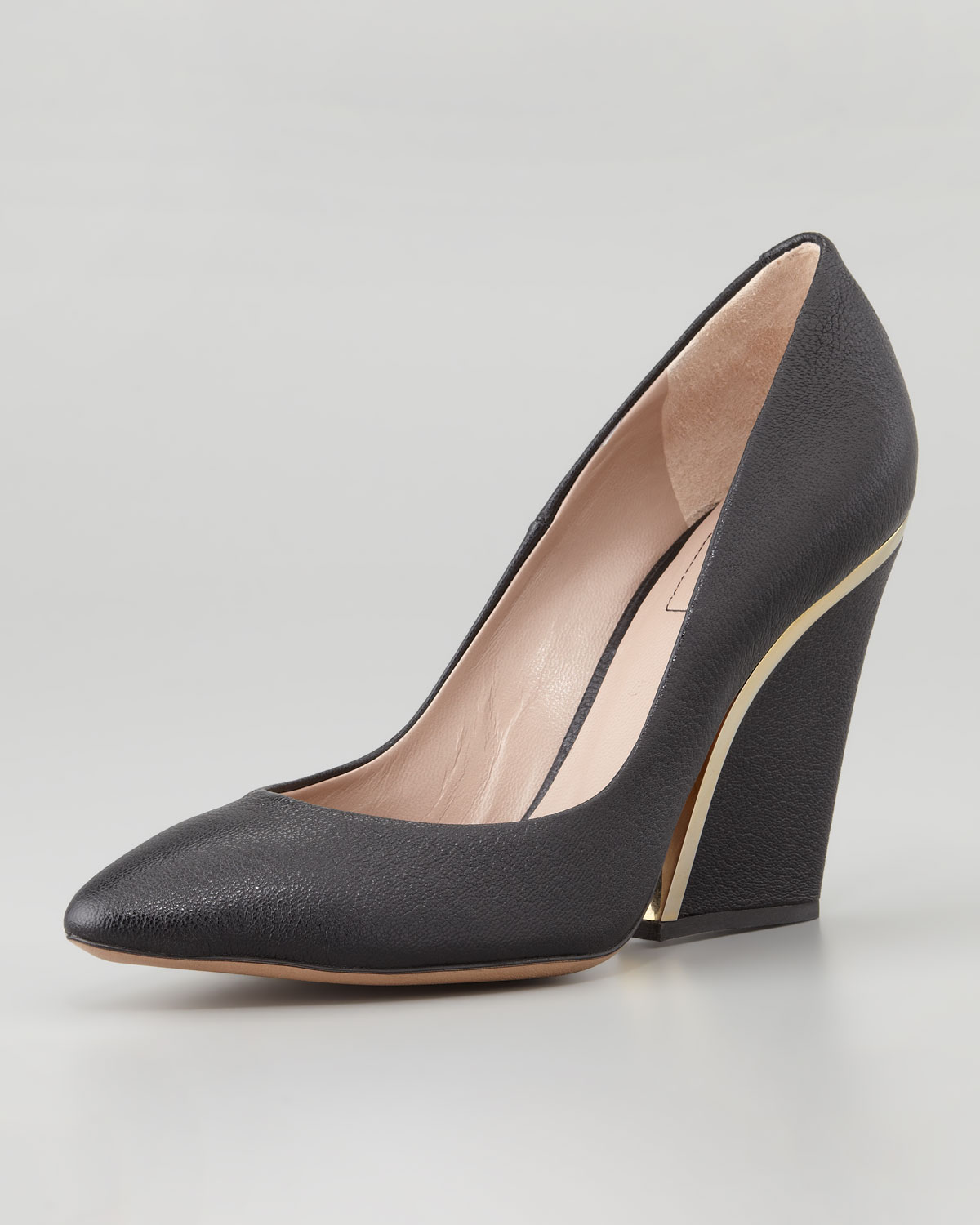 Lyst - Chloé Goldenheeled Leather Wedge Pump Black in Black