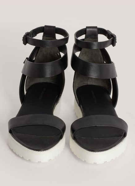 Alexander Wang Jade Leather Flat Sandals In Black Lyst