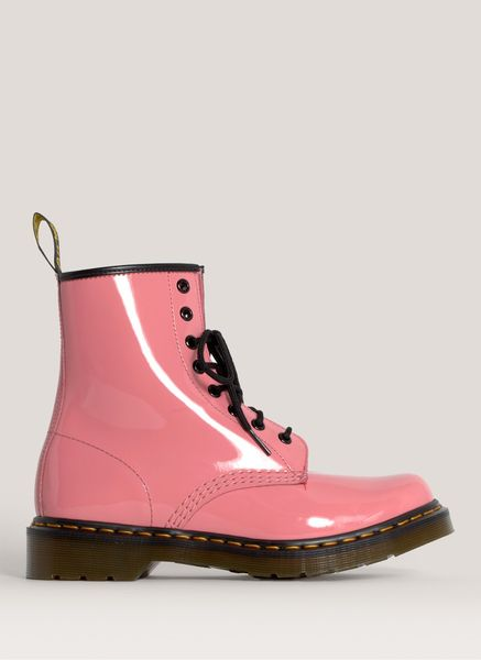 dr martens ler patent leather boots in pink lyst