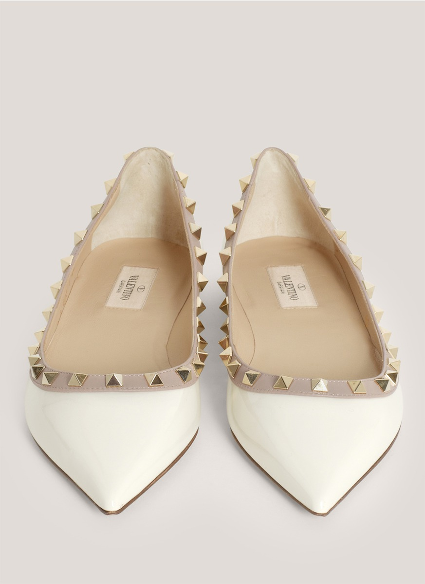 Valentino Studded Pointed-toe Flats in