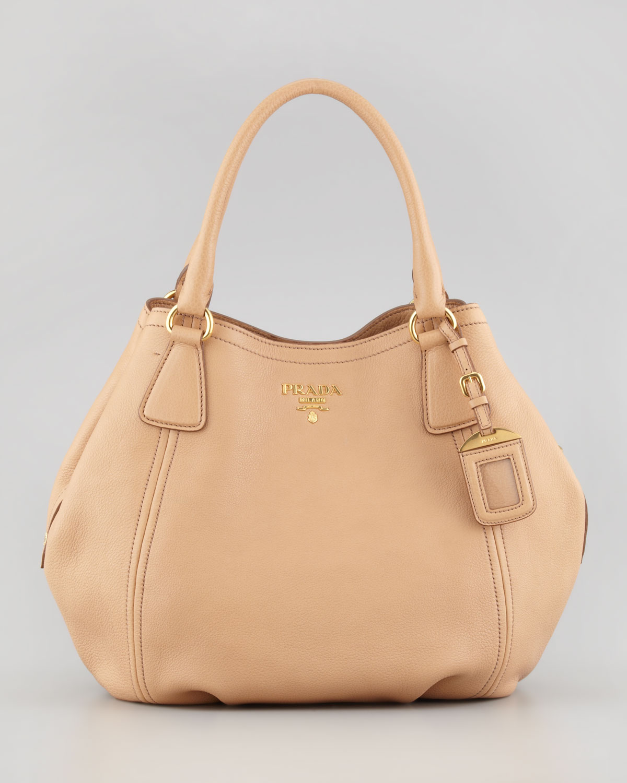 Daino Medium Shoulder Tote Bag 36