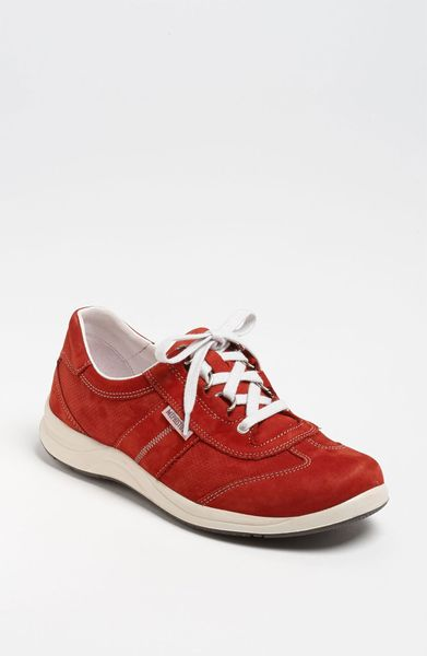 Mephisto Perforated Walking Shoe Women in Red (red nubuck