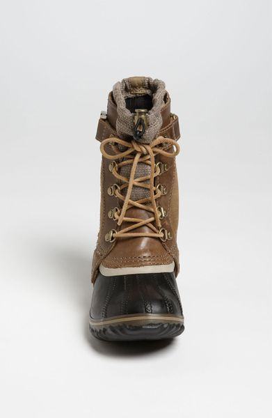 Sorel Conquest Carly Short Boot In Black Autumn Bronze
