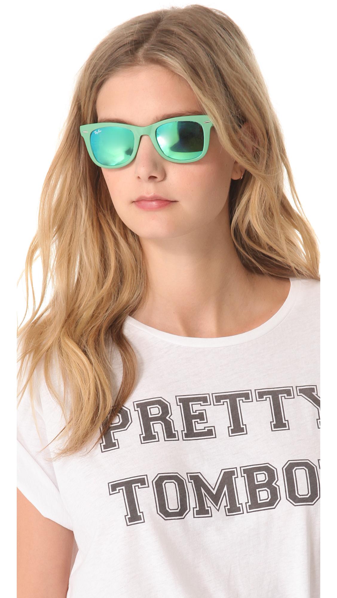 8ca3d484c ray ban wayfarer mirrored sunglasses - Holly's Restaurant and Pub