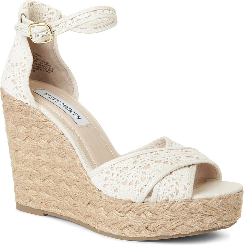 e4ad4974fa0 Steve Madden Marrvil Crochet Wedge Sandals in White - Lyst
