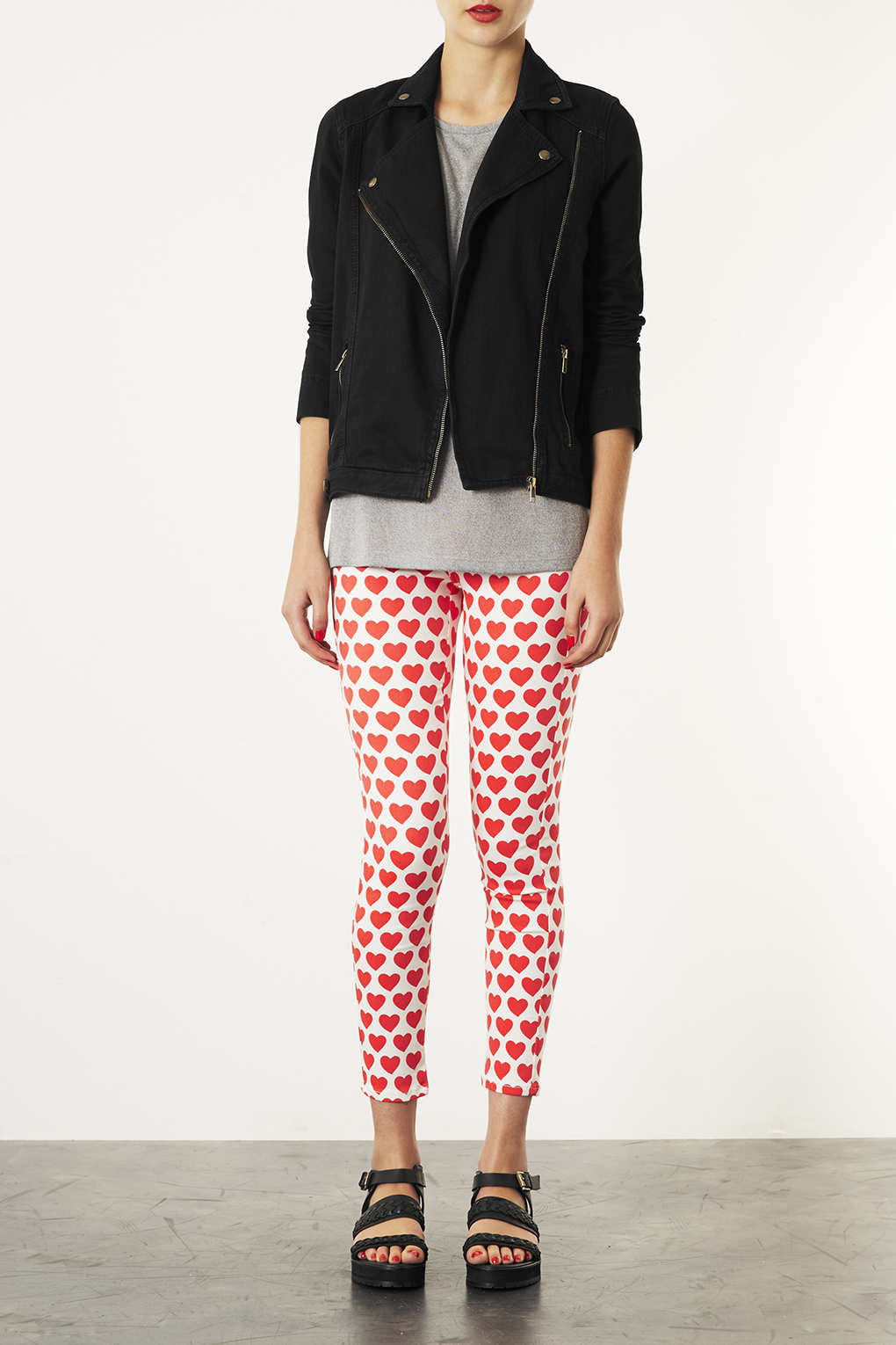 TOPSHOP Moto Heart Print Joni Super High Waisted Jeans in Red