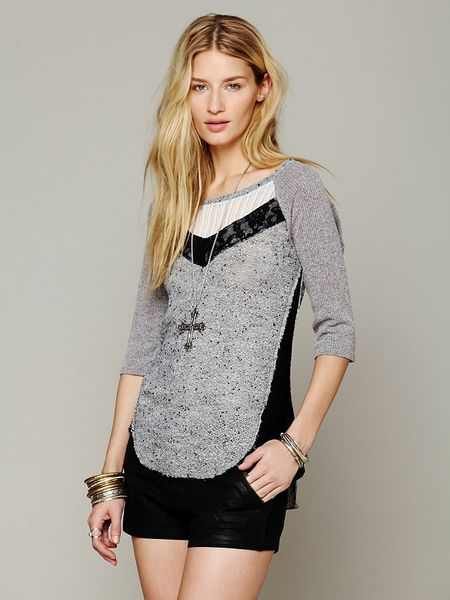 Free People We The Free Mix Up Hacci Tee in Gray (Heather Grey Combo)
