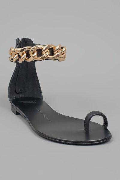 Giuseppe Zanotti Chain Toe Ring Sandal In Black Gold Lyst