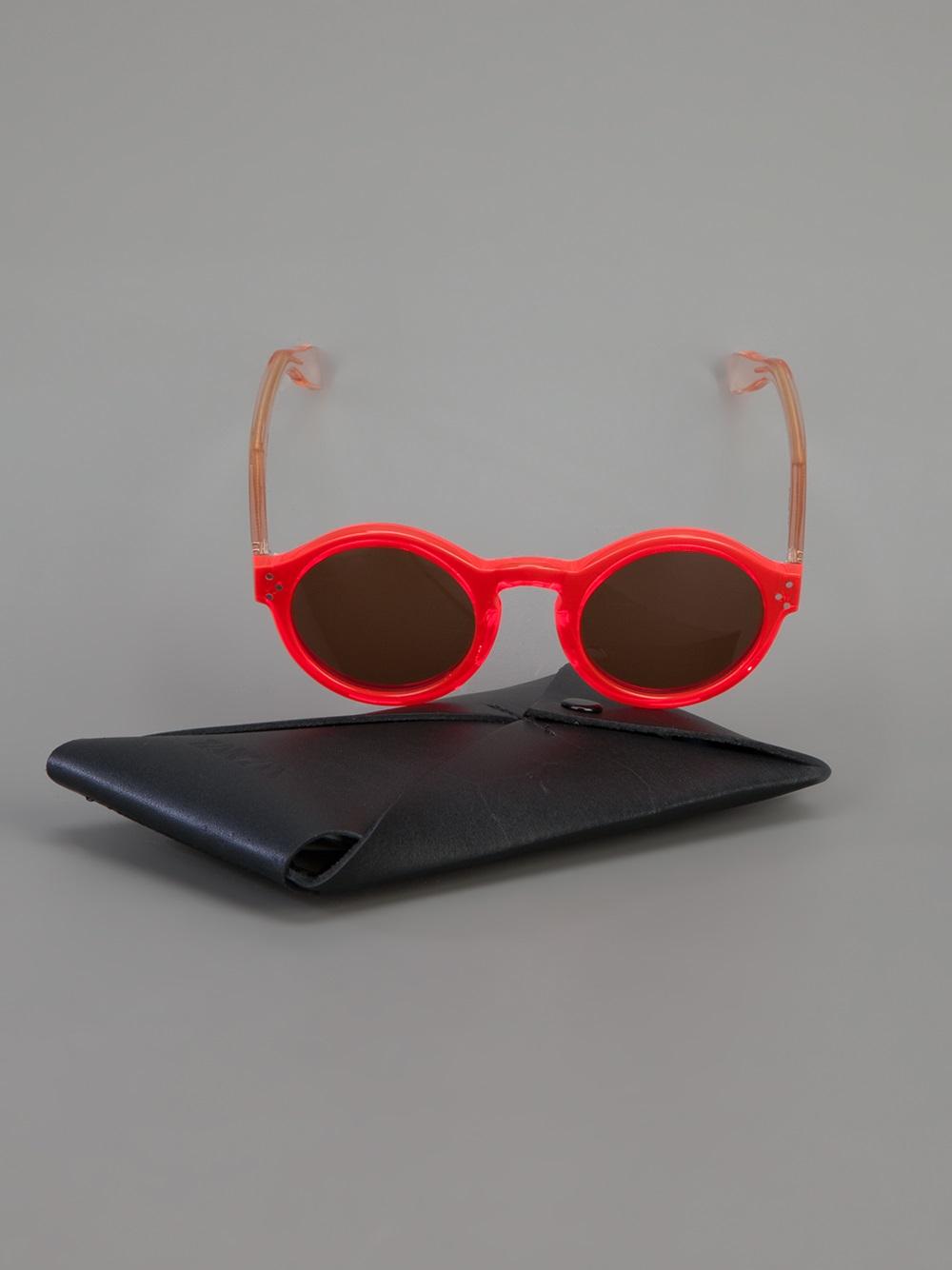 Zanzan Mizaru Sunglasses in Red