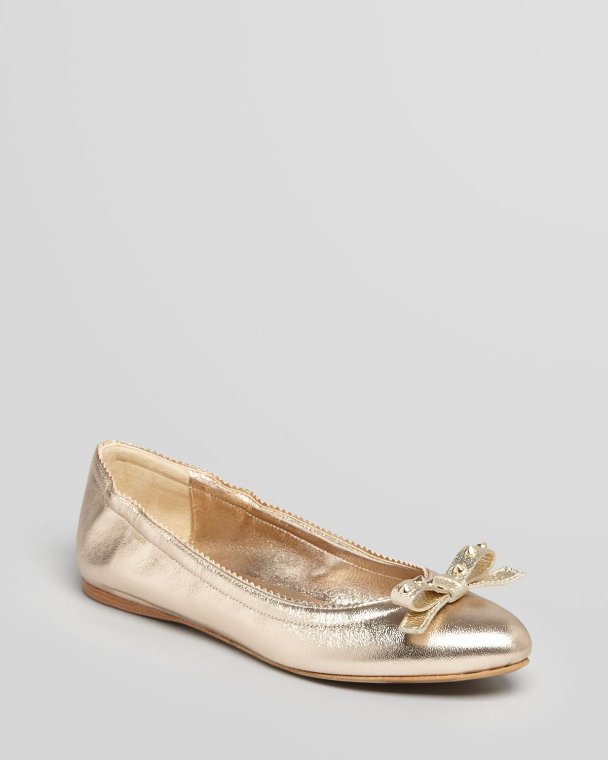 Burberry Pointed Toe Ballet Flats Stainfeld in Gold (metallic trench