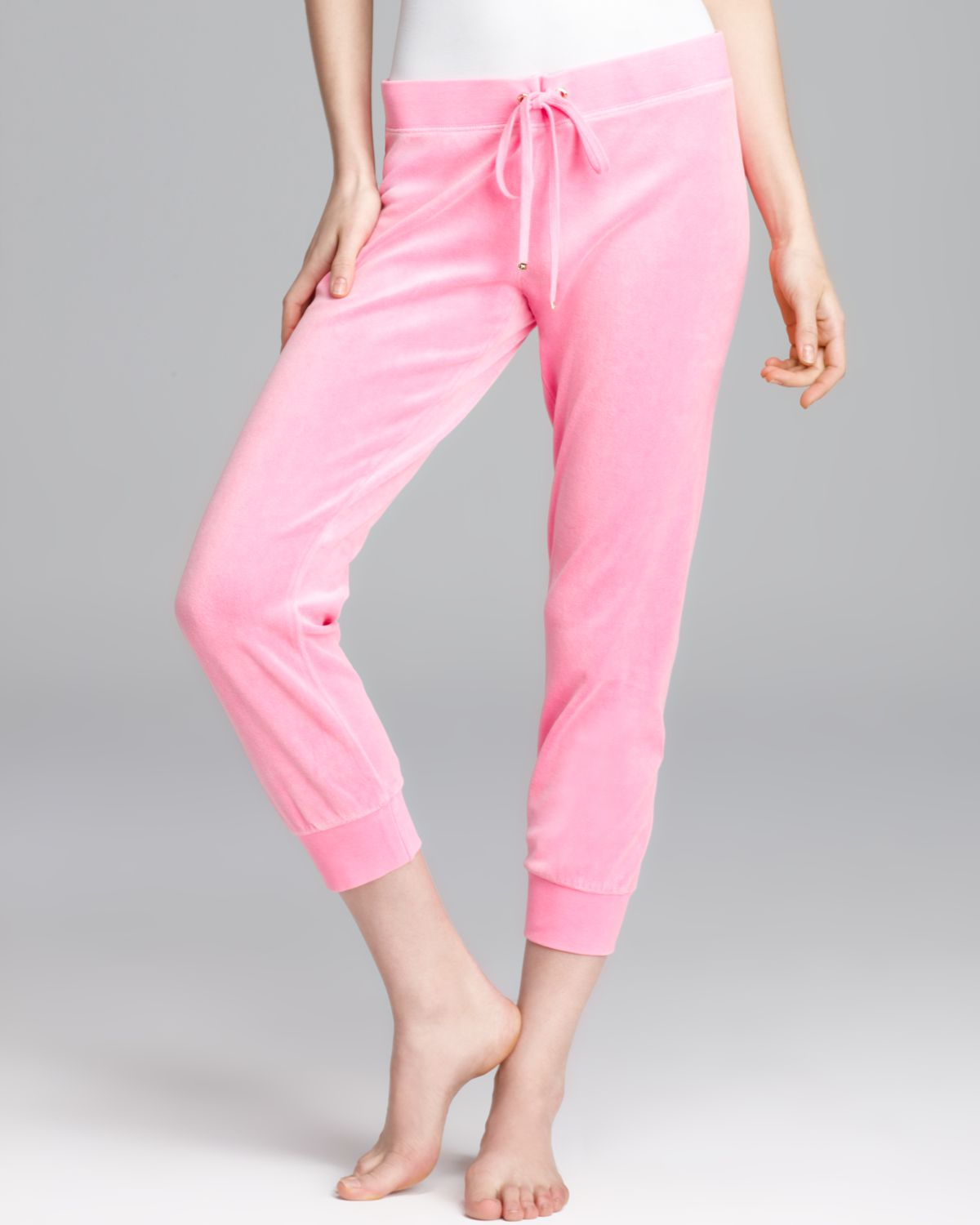Juicy couture Capri Pants Back Pockets in Pink | Lyst